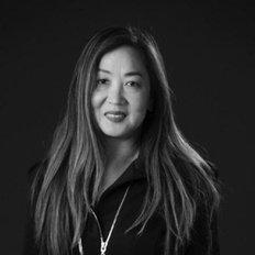 Louisa Yeung, Sales representative