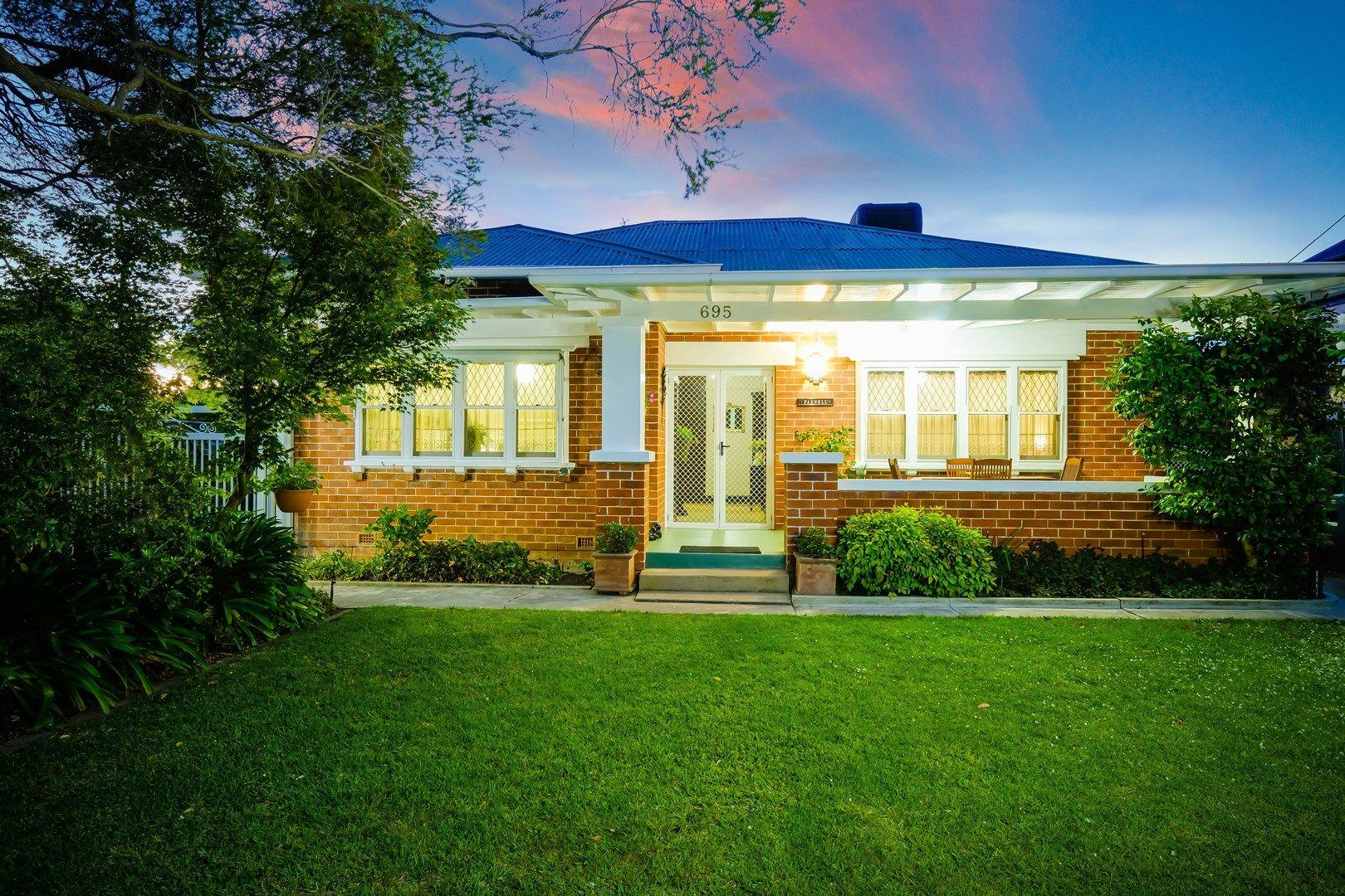 695 Kiewa Street, Albury NSW 2640, Image 0