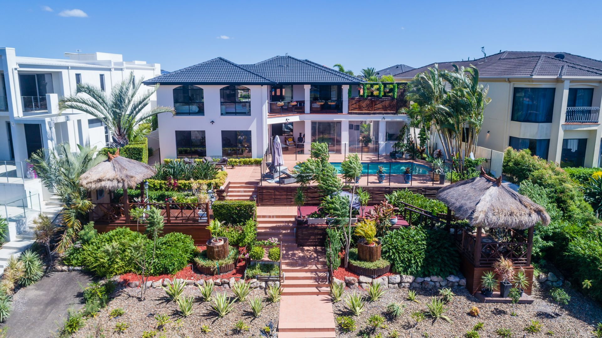 28 Clear Water Bay Avenue, Clear Island Waters QLD 4226, Image 0