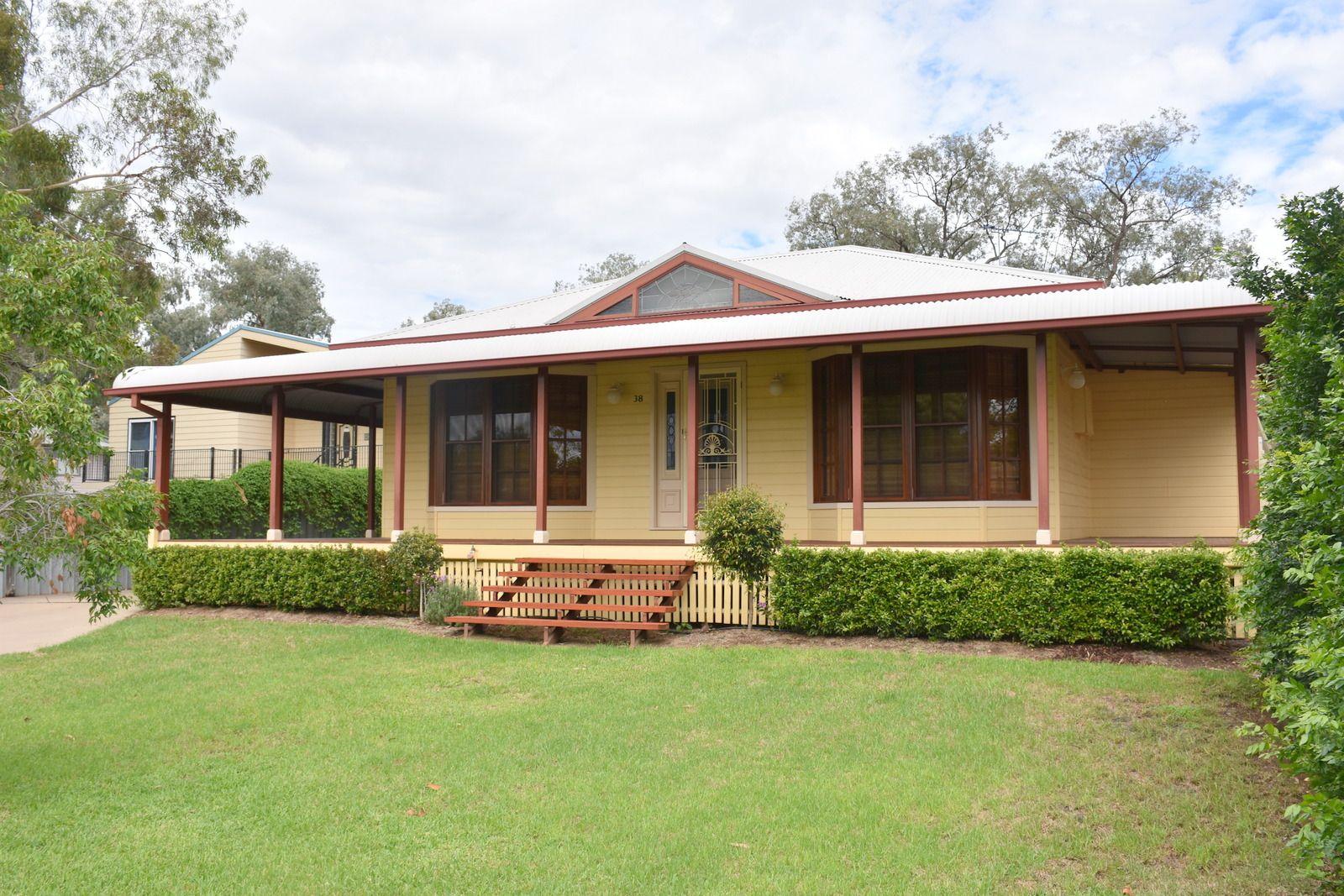 38 Kamilaroi Drive, Moree NSW 2400, Image 2