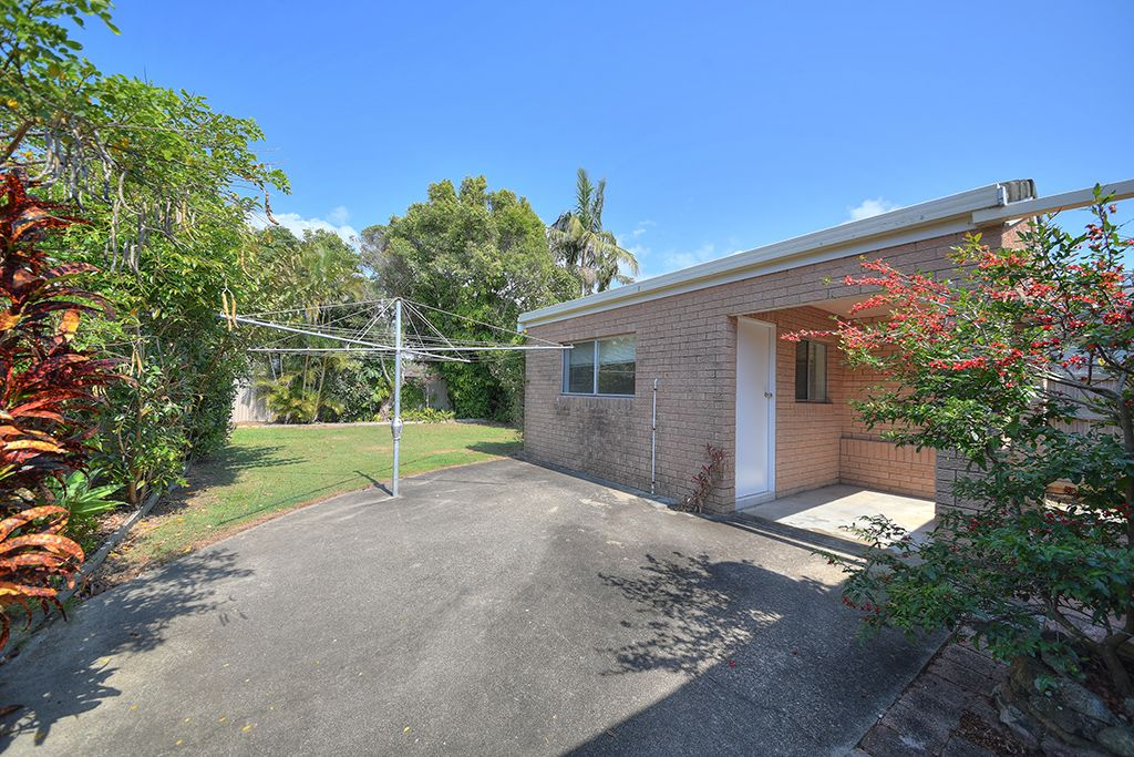 102 Chainey Avenue, Miami QLD 4220, Image 1