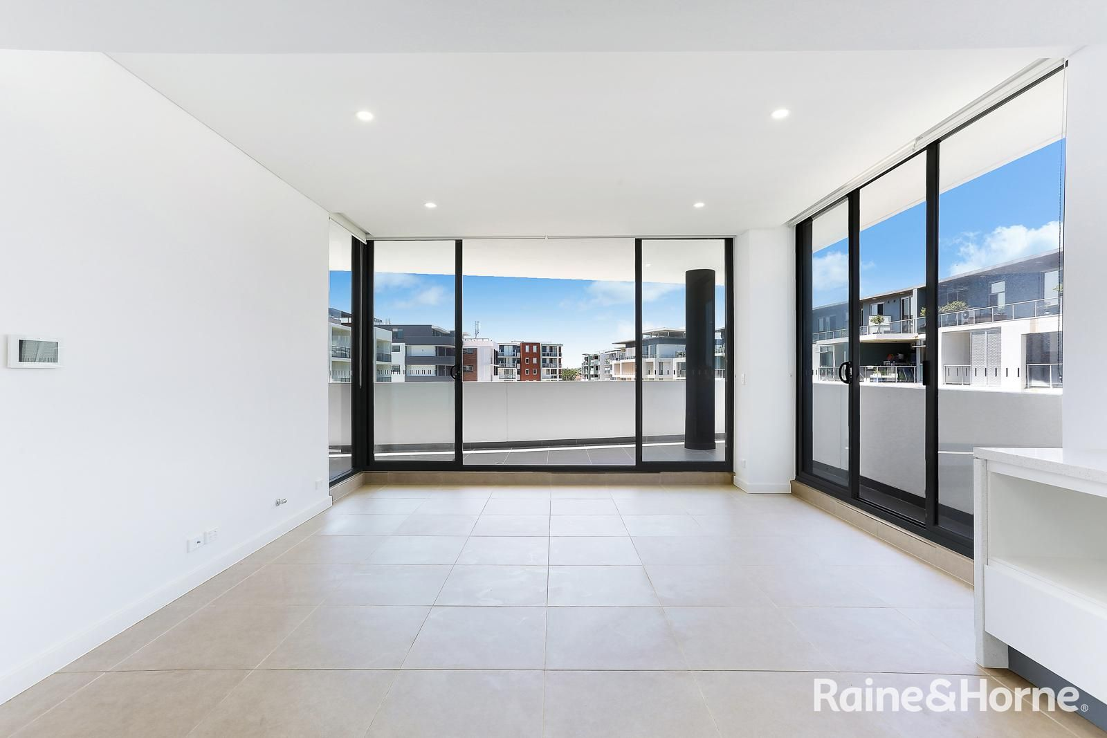 405/3 Madden Close, Botany NSW 2019, Image 1