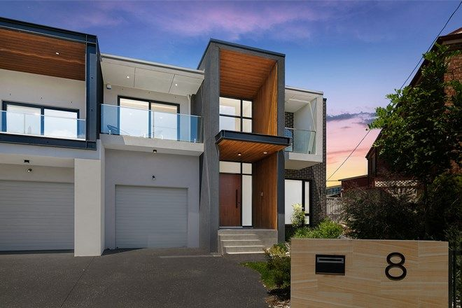 Picture of 8 Phyllis Avenue, PICNIC POINT NSW 2213