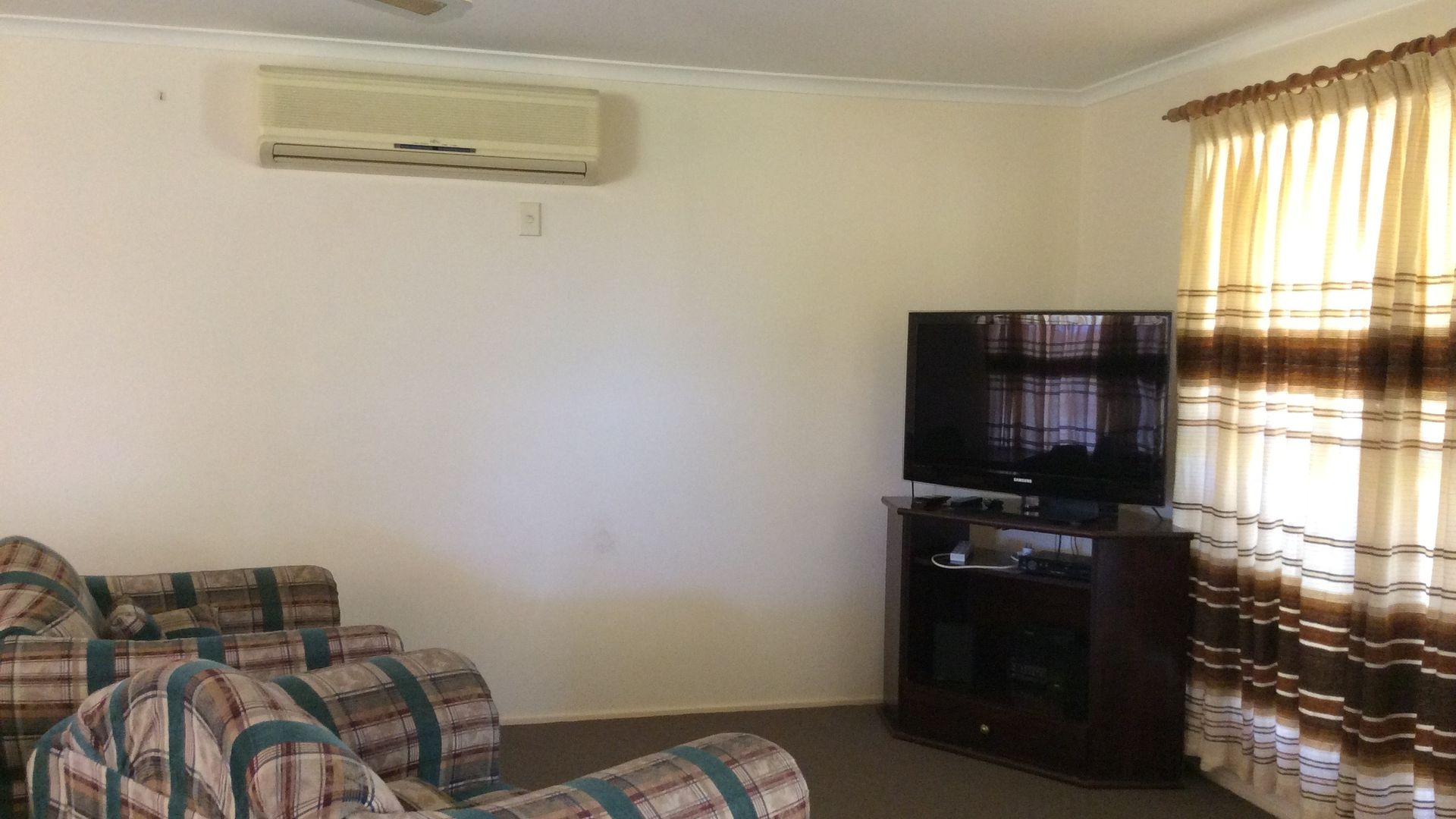 53 Rockhound Rd, The Gemfields QLD 4702, Image 2