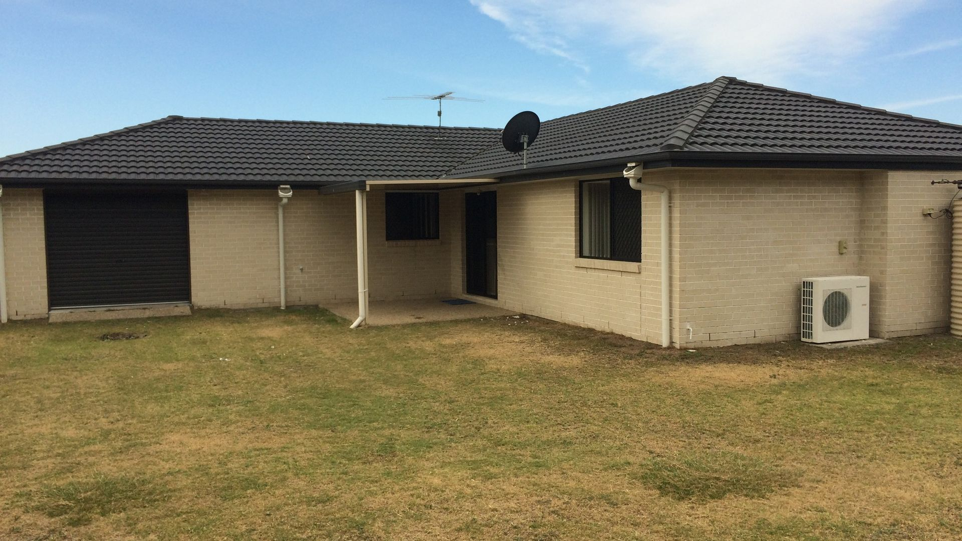 33 Grice Crescent, Ningi QLD 4511, Image 2