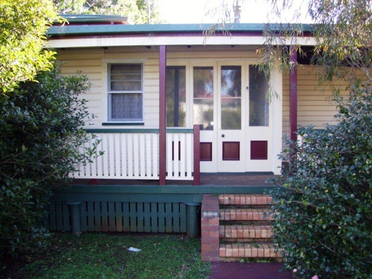25 Farquharson Street, Harristown QLD 4350, Image 0