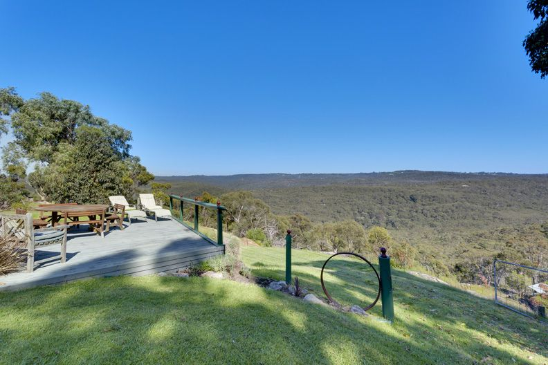 17 Caladenia Close, Elanora Heights NSW 2101, Image 1