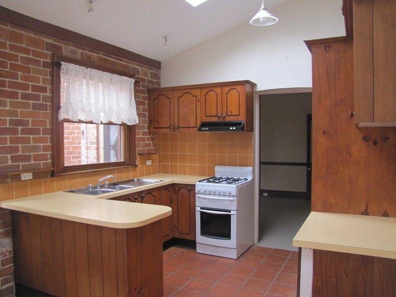 24 Keppel Street, Bathurst NSW 2795, Image 2