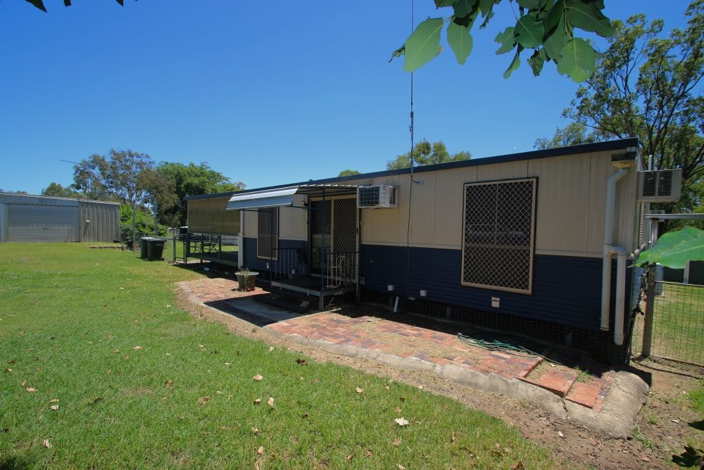 75 Luthje Road, Monto QLD 4630, Image 2