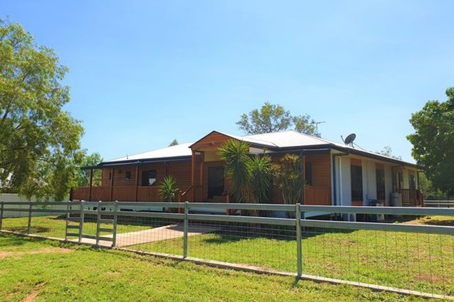 Picture of 23a Crendon Street, EMERALD QLD 4720
