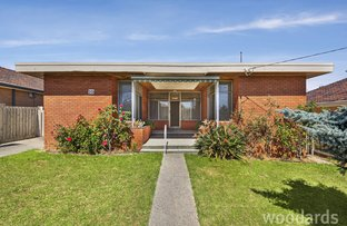 Picture of 10 Myrtle Street, Bentleigh VIC 3204