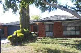 Picture of 7 Lewis Avenue, Burnside VIC 3023