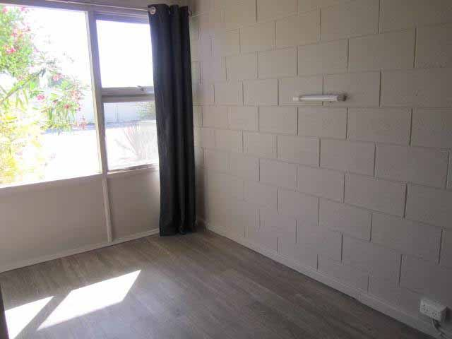 2/114 London Street, Port Lincoln SA 5606, Image 2