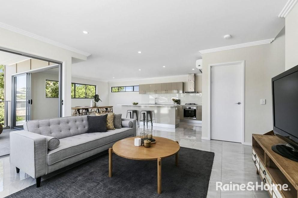 2/81 Riding Road, Hawthorne QLD 4171, Image 0