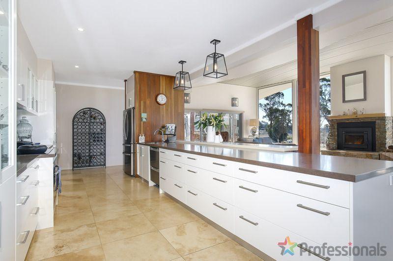66 Simmons Road, Armidale NSW 2350, Image 1