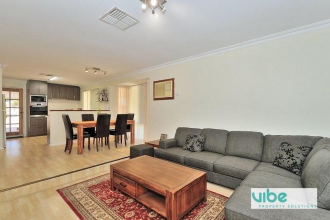 Picture of 10 Shadwell Court, CAVERSHAM WA 6055