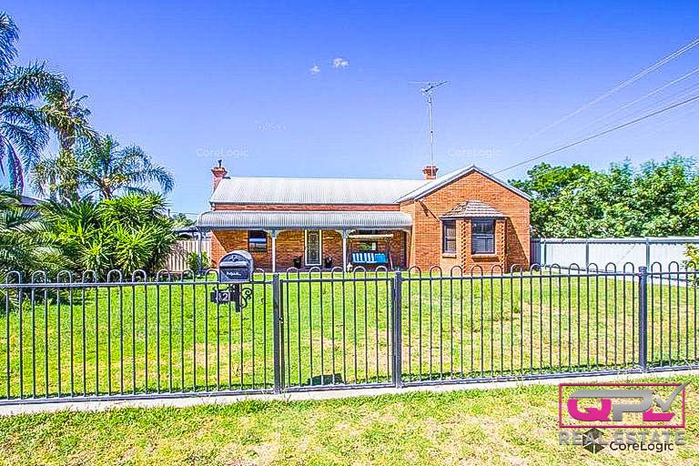 42 Grosvenor Street, Narrandera NSW 2700, Image 0