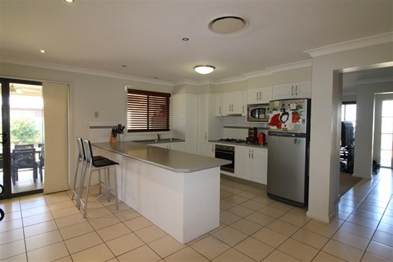 16 Holmwood  Drive, Dubbo NSW 2830, Image 2