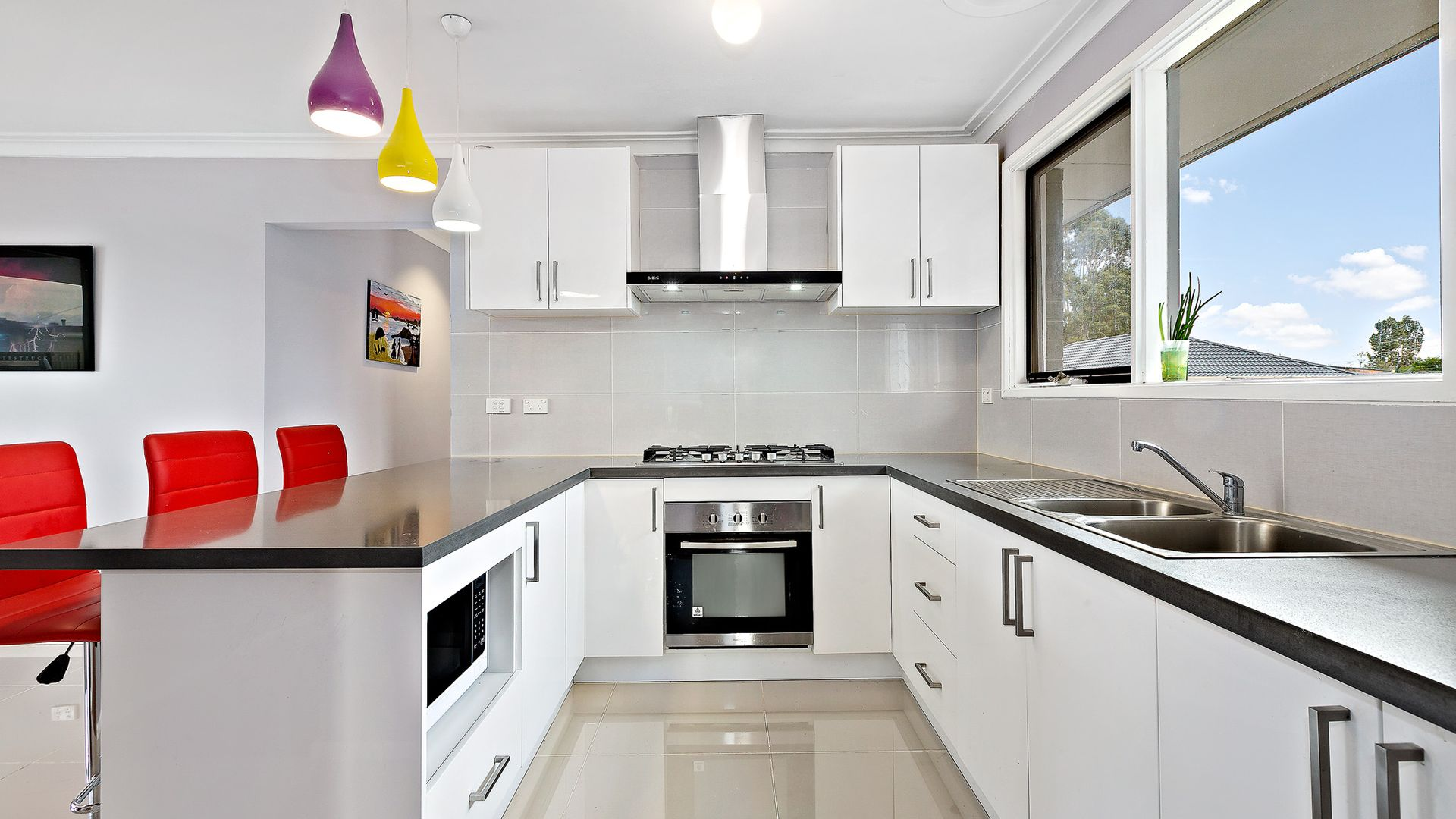 5 Kingsford Avenue, Melton South VIC 3338, Image 1