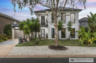Picture of 4 Bayside Drive, Sanctuary Lakes VIC 3030