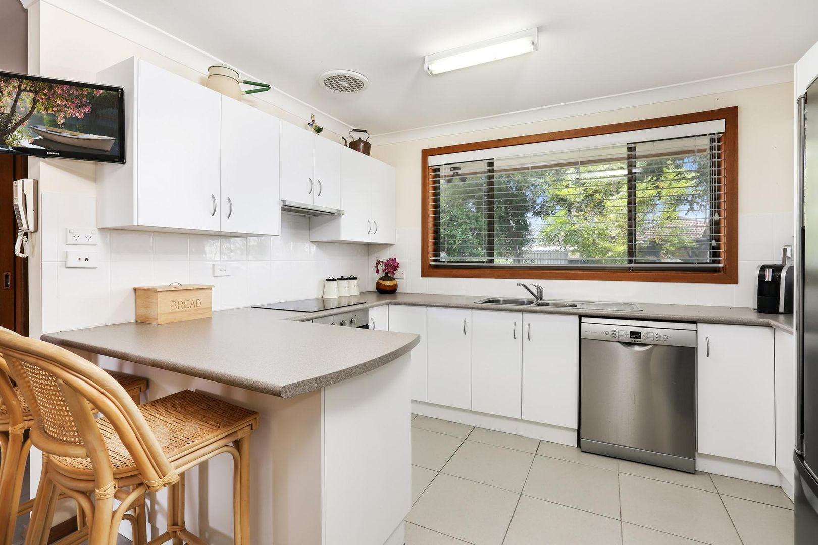 6 Mawson Road, Shoalhaven Heads NSW 2535, Image 2