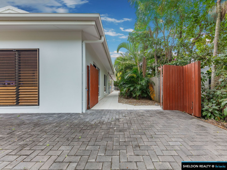 13 Isaac Smith Cl, Kewarra Beach QLD 4879, Image 2