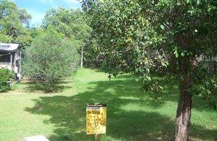 Picture of 11 FLORA STREET, Lamb Island QLD 4184