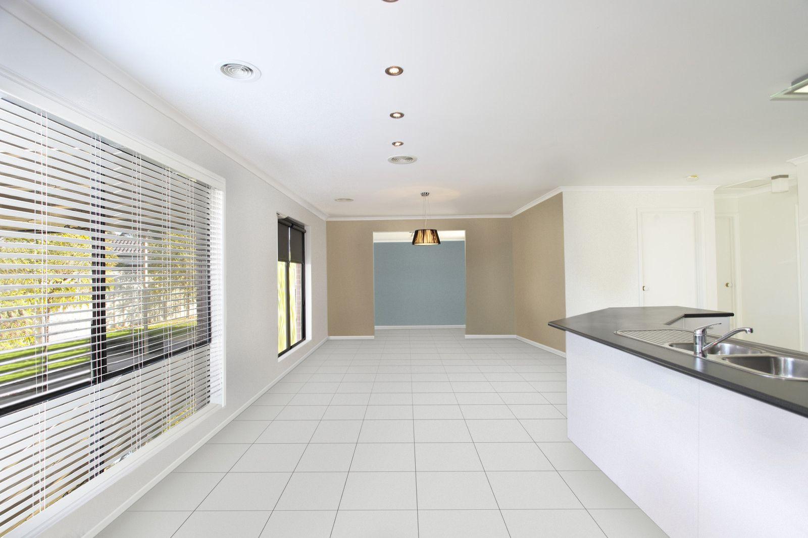 36 Saxby Drive, Strathfieldsaye VIC 3551, Image 2