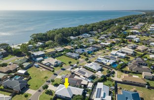 Picture of 9 Memorial Street, Toogoom QLD 4655