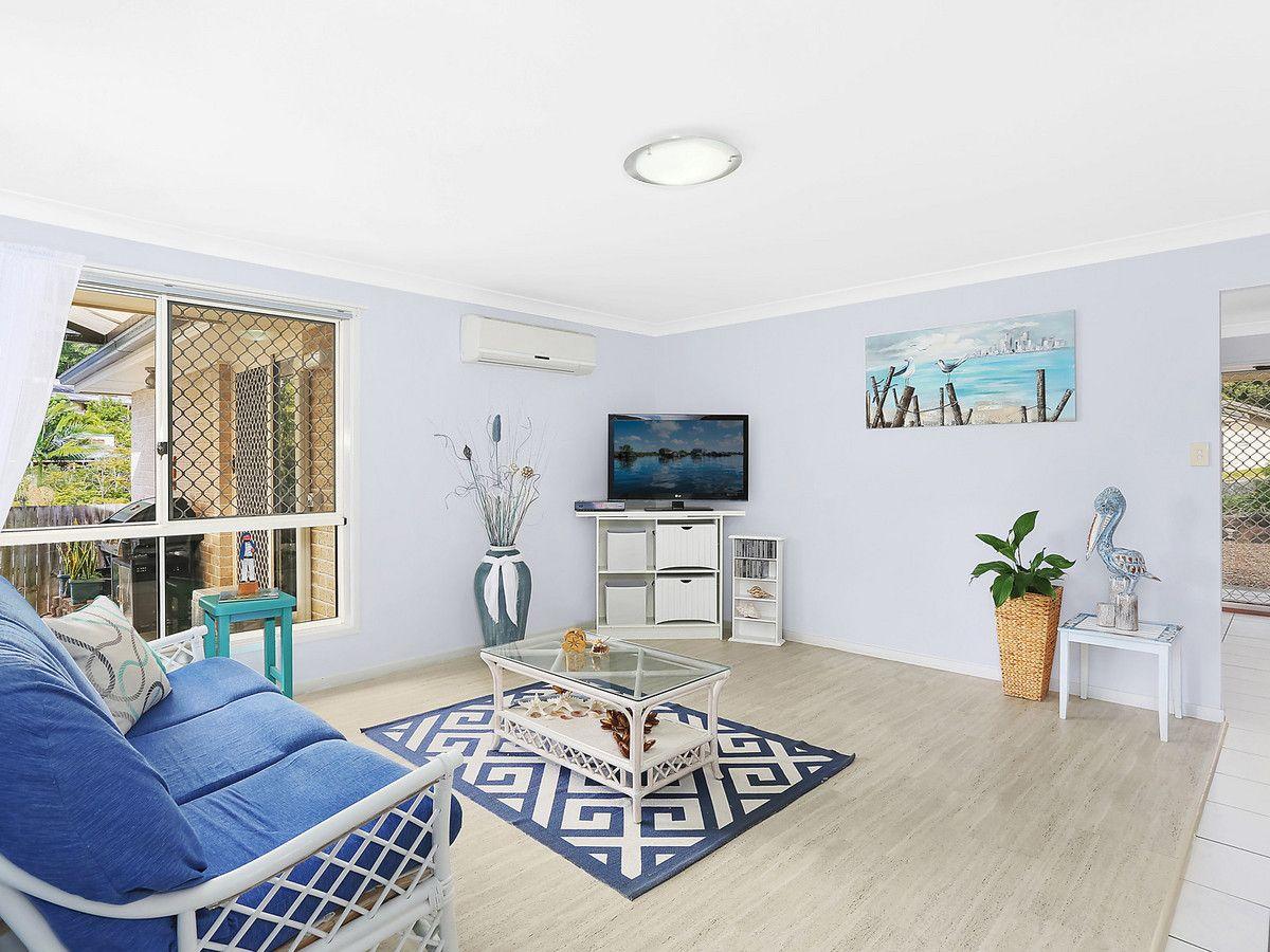 4 Callaghan Street, Elanora QLD 4221, Image 1