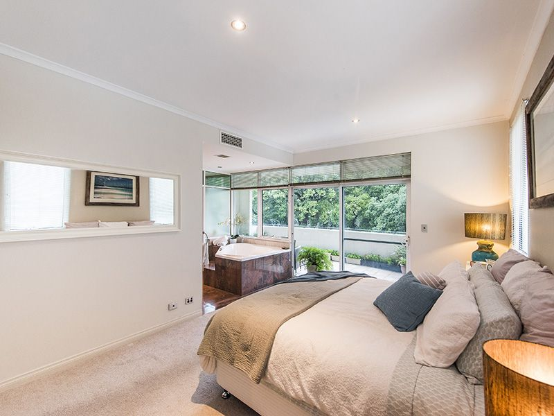 2/146A Mill Point Road, South Perth WA 6151, Image 2