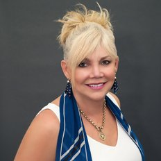 Faye Wright, Sales representative