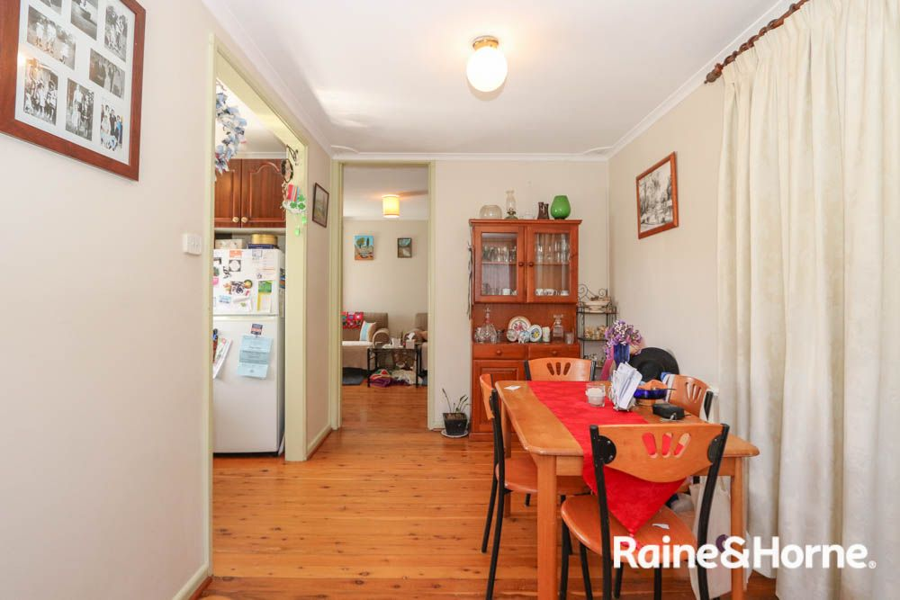 15 Currawong Street, South Bathurst NSW 2795, Image 2