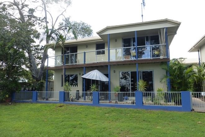 Picture of Unit 5/26 Esplanade, TIN CAN BAY QLD 4580