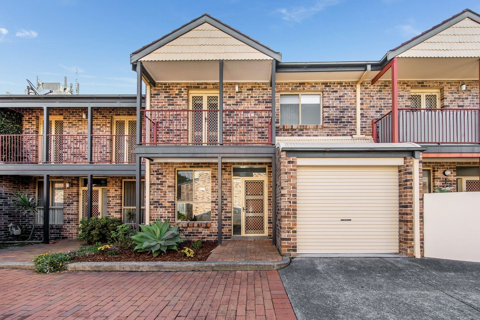 12/54 Corlette Street, Cooks Hill NSW 2300, Image 0