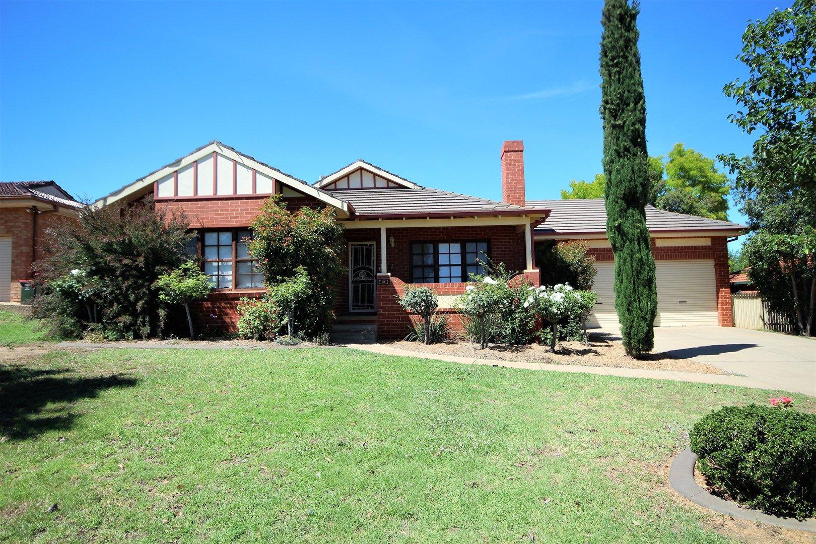 24 Bourkelands Drive, Bourkelands NSW 2650, Image 0