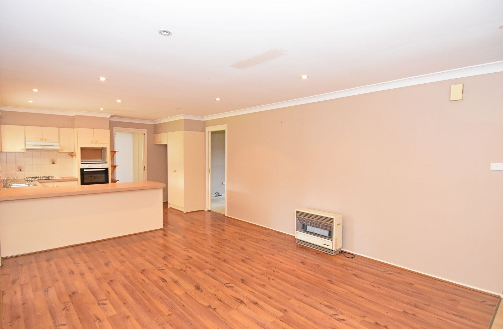 29 Tolol Avenue, Miranda NSW 2228, Image 2