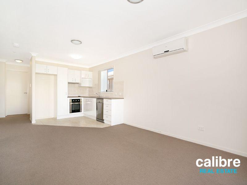 2/7 Andrew Street, Lota QLD 4179, Image 1