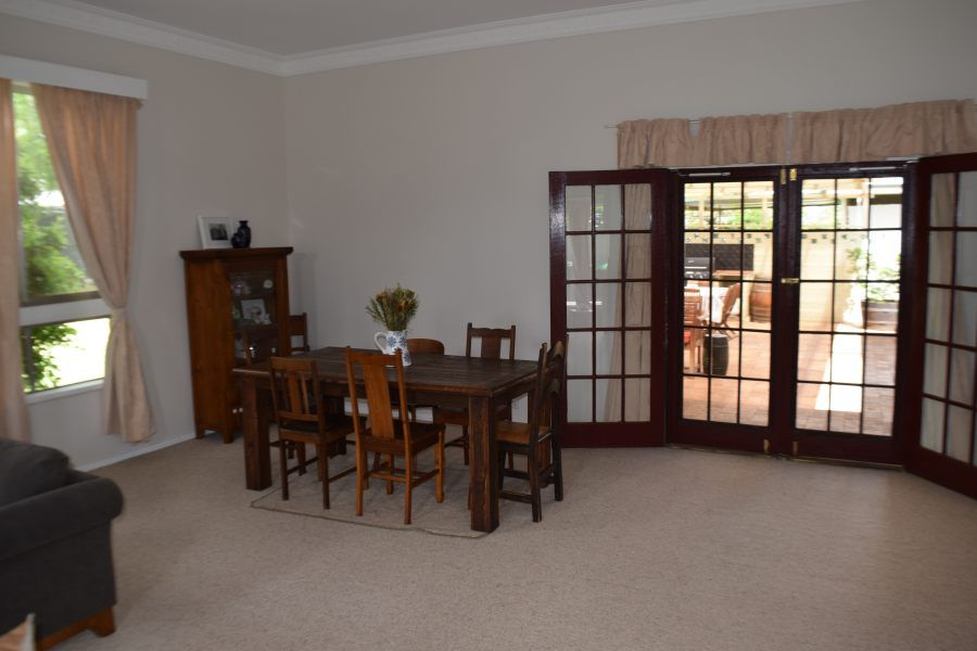 139 Currajong Street, Parkes NSW 2870, Image 2