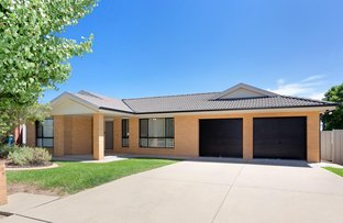 Picture of 5 Walla Place, Glenfield Park NSW 2650