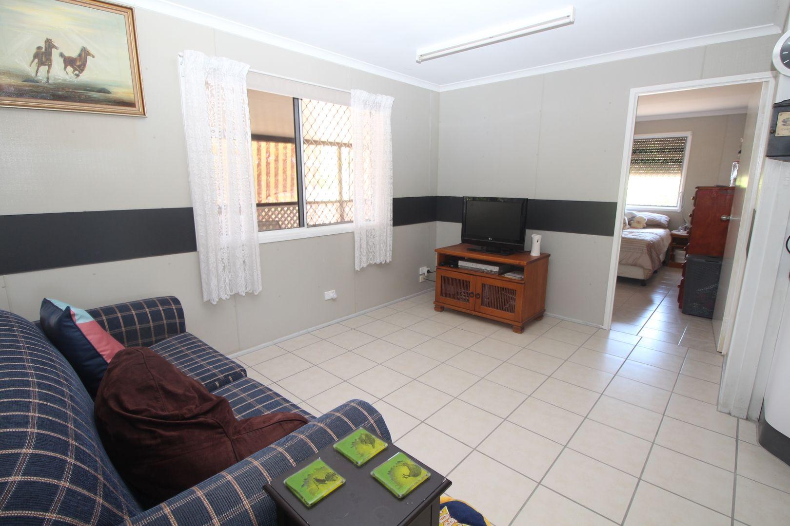 14 Borton Street, Balgal Beach QLD 4816, Image 2