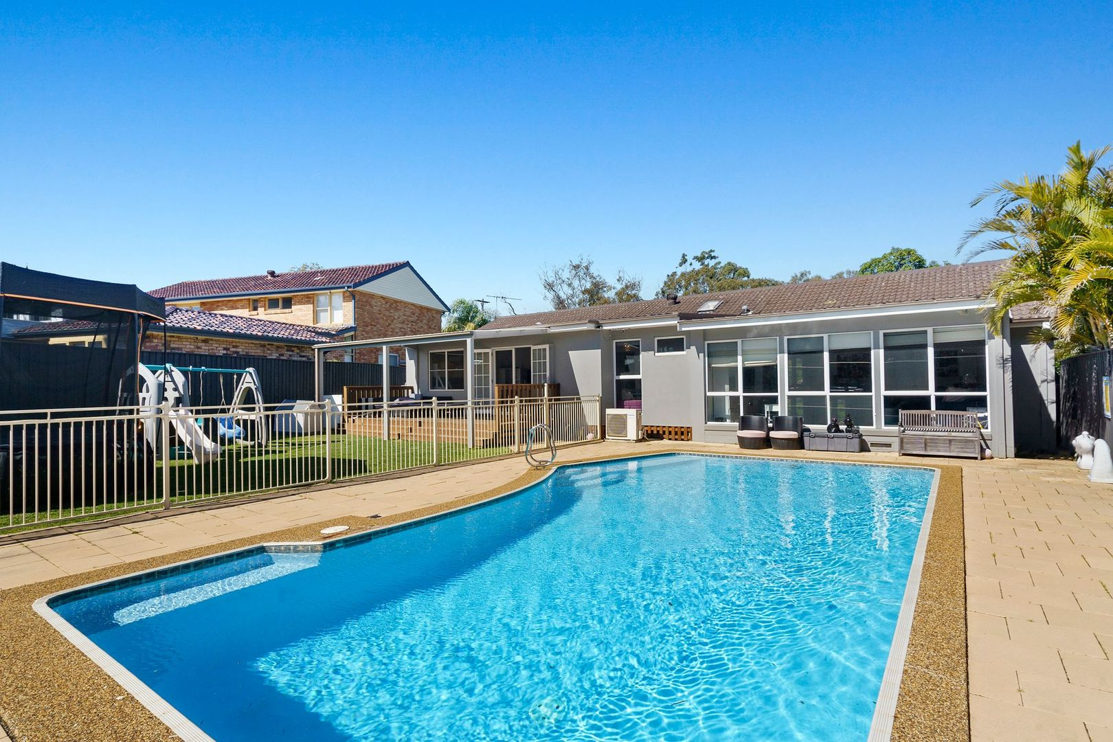 8 Stratford Drive, Belrose NSW 2085, Image 0