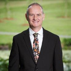 Alex McLeod, Sales representative
