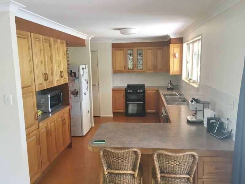 15 MOORE PARK RD, Moore Park Beach QLD 4670, Image 2