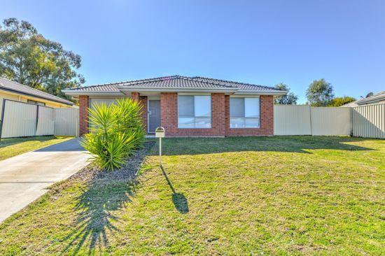 22 Gungurru Close, Tamworth NSW 2340, Image 0