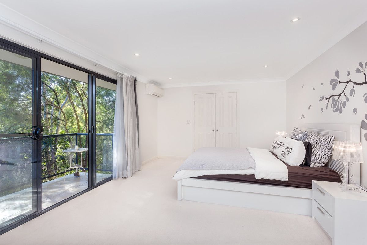 15 Kinsellas Drive, Lane Cove North NSW 2066, Image 2