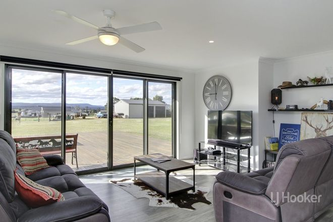 Picture of 103 Ives Road, LINDENOW SOUTH VIC 3875