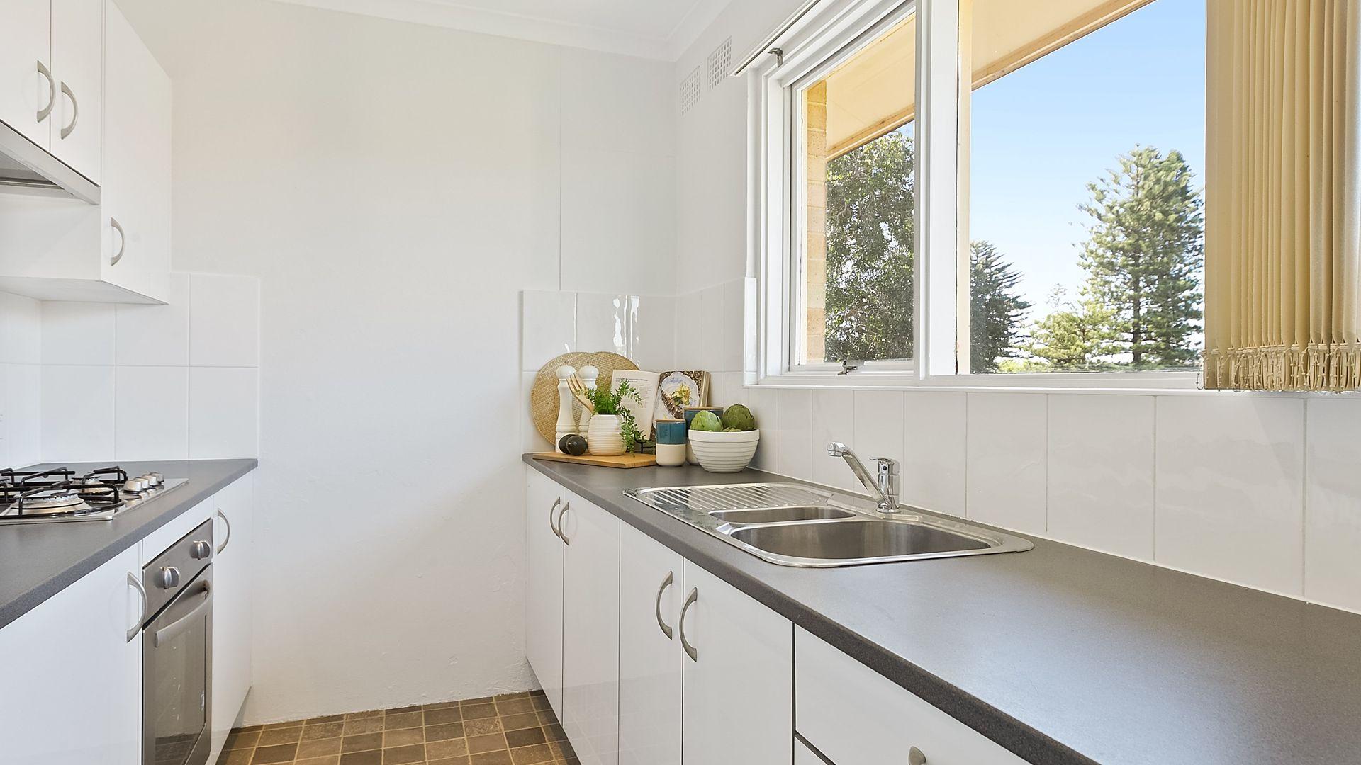 6/8 Robertson Street, Narrabeen NSW 2101, Image 2