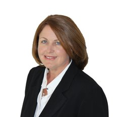 Michelle Reilly, Sales representative