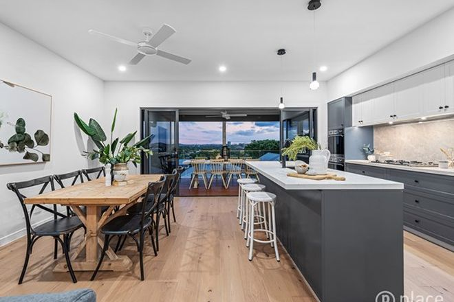 Picture of 2-4/27 Agnew Street, NORMAN PARK QLD 4170